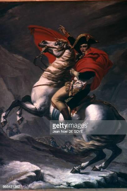 La peinture Bonaparte franchissant le GrandSaintBernard de JacquesLouis David dans le Palazzina dei Mulini résidence de Napoléon Bonaparte lors de...