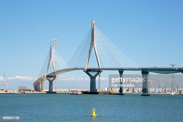 la pepa bridge under construction - iñaki respaldiza stock pictures, royalty-free photos & images