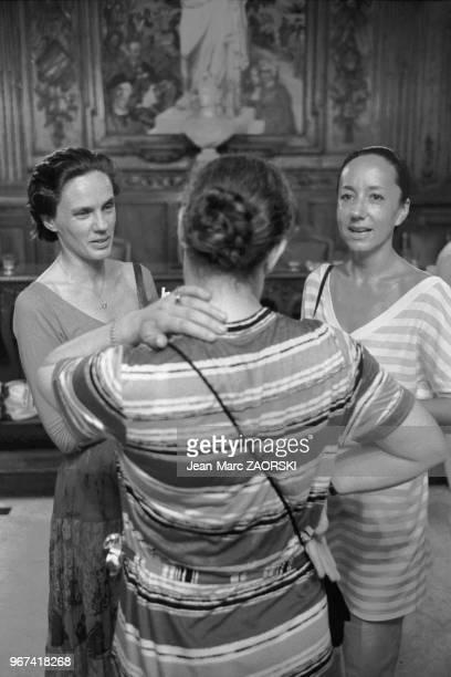 La photographe belge Martine Franck à gauche en compagnie de Maryse Cordesse présidente des rencontres lors des rencontres internationales de la...