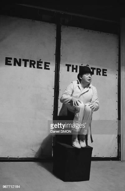 La pièce de théâtre 'Les Mignons et Les Guenons' mis en scène par Tadeusz Kantor à Paris le 16 avril 1974 France