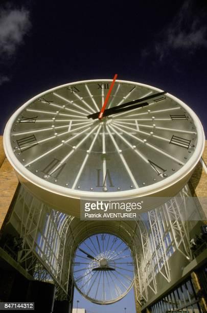 La plus grande horloge d'Europe le 23 decembre 1985 a CergyPontoise France