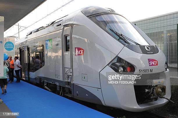 La première rame du 'Regiolis' le nouveau trains express régional réalisé par Alstom est présentée au public le 4 juillet 2013 à la gare de Bordeaux...