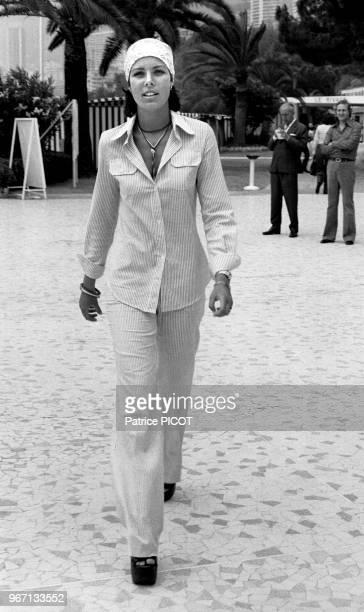 La princesse Caroline de Monaco lors d'un concours de natation dans l'hôtel Monte-Carlo Beach à Monaco, le 16 juillet 1976.