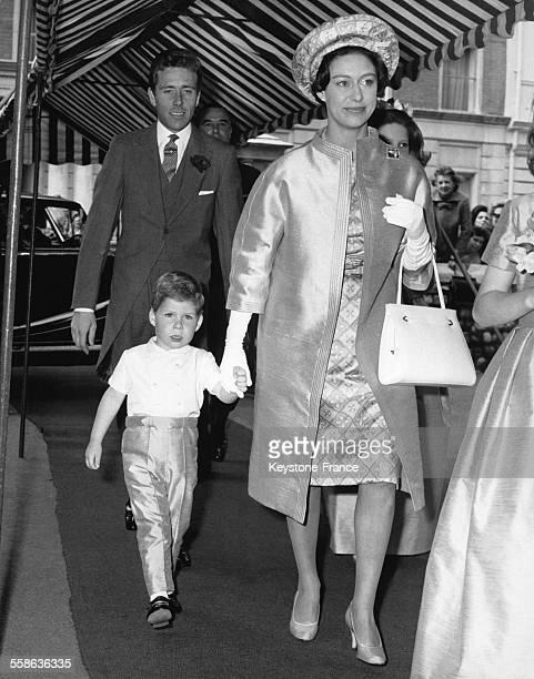 La Princesse Margaret son fil le Vicomte de Linley et son epoux Lord Snowdon arrivent a St Michael's Church pour le mariage de Martin Parsons et de...