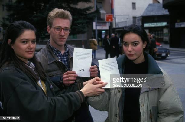 La principaute d'Andorre vote la premiere constitution de son histoire le 14 mars 1993 a AndorrelaVieille Andorre