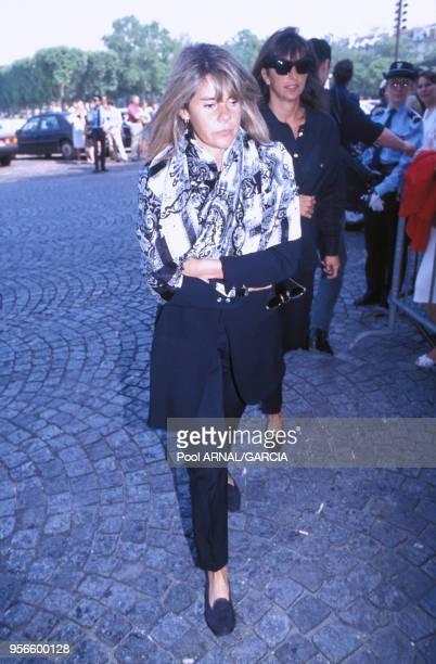 La productrice de télévision Dominique Cantien lors d'un enterrement en juillet 1992 à Paris France