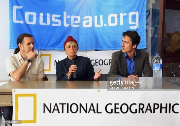 La présidente de la Fondation Cousteau, Francine Cousteau , son fils Pierre-Yves Cousteau et l'espagnol Enric Sala , biologiste marin, membre de la...