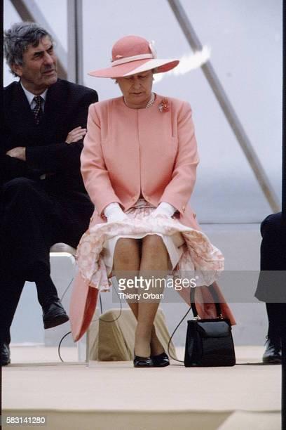 La reine Elizabeth II et Ruud Lubbers, premier ministre néerlandais.