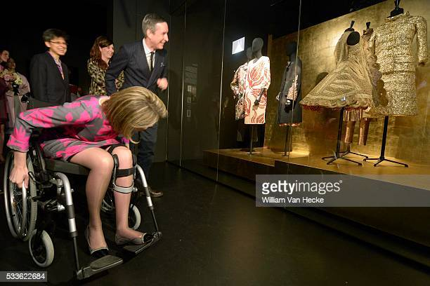 La Reine Mathilde assiste à une table ronde avec des créateurs de mode et fait connaissance avec le projet Flanders Fashion Fuel initié par le...