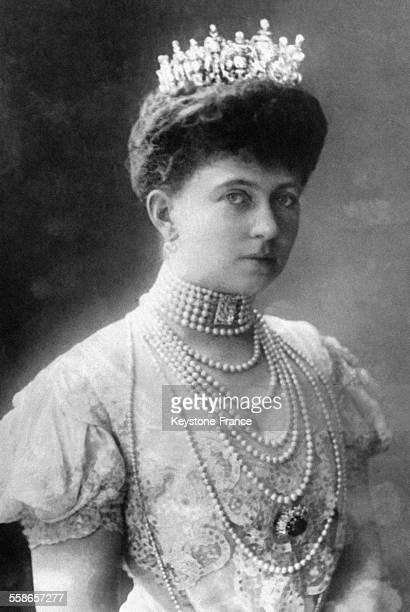 La Reine Sophie de Grèce, princesse de Prusse et épouse du roi Constantin de Grèce, circa 1900.