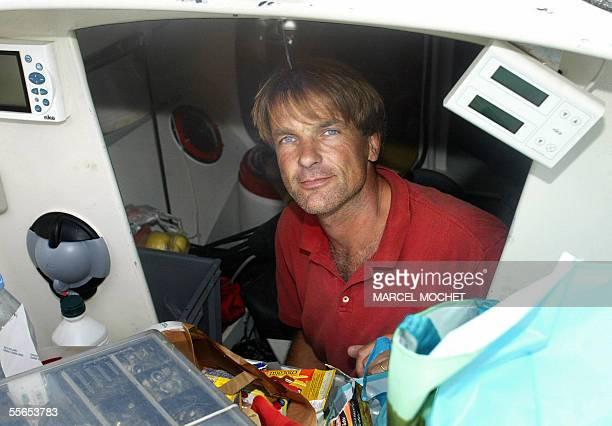 POUR ILLUSTRER LE PAPIER 'LE GRAND BLOND DANS UN MINI' Le francais Bernard Galley pose le 16 septembre 2005 dans la cabine de son voilier 'FDI...