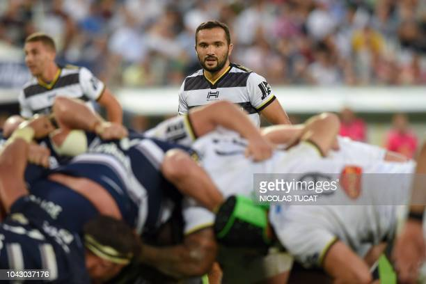 La Rochelle's French scrumhalf Alexi Bales looks on during the French Top 14 rugby union match between BordeauxBegles and La Rochelle on September 29...