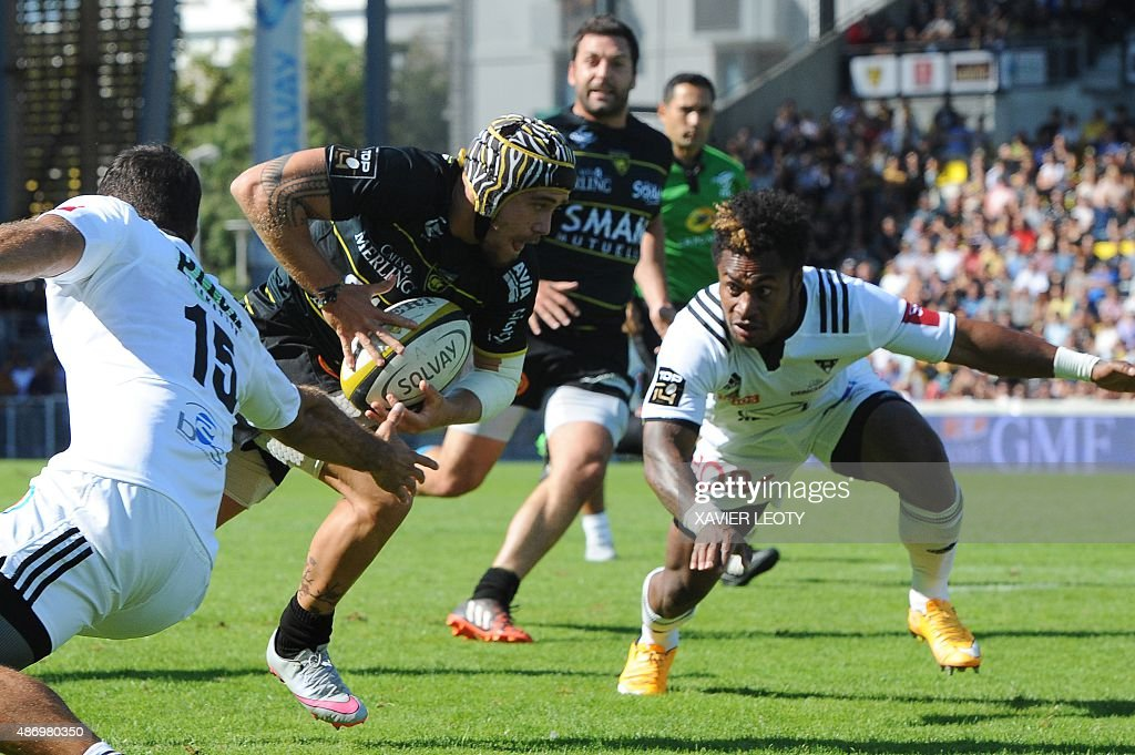 La Rochelle S French Winger Gabriel Lacroix Runs With The Ball During Top 14 Rugby Union Match Vs Brive On September 5
