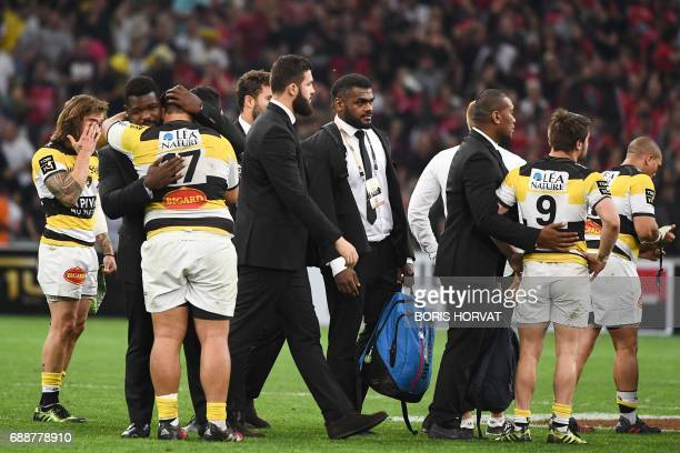 La Rochelle's players react at the end of the French Top 14 rugby union match between RC Toulon and La Rochelle on May 26 2017 at the Velodrome...