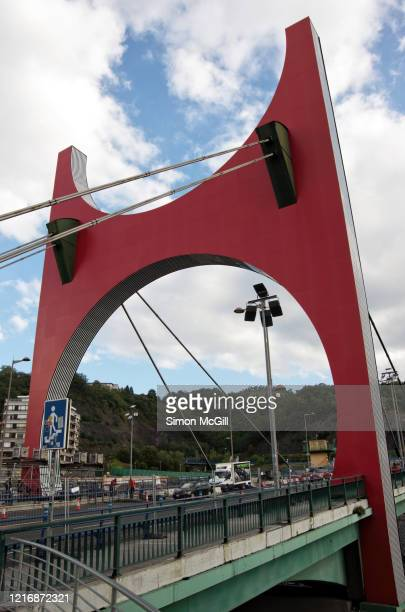 la salve bridge (puente de la salve), bilbao, biscay, spain - daniel buren stock pictures, royalty-free photos & images