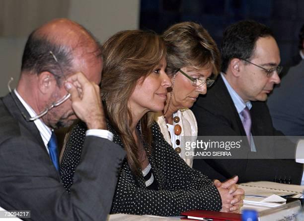 La secretaria de Estado para Iberoamerica del ministerio de Asuntos Exteriores y Cooperacion de Espana, Sandra Trinidad Jimenez , participa en una...