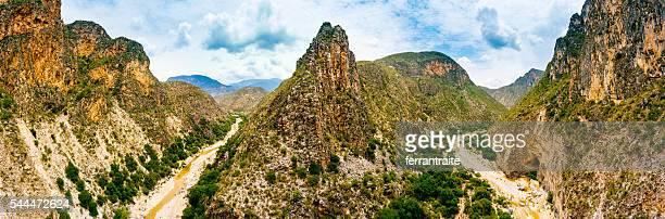 ラシエラゴルダ航空写真 ケレタロメキシコ - ケレタロ州 ストックフォトと画像