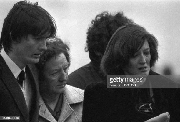 La soeur de Bobby Sands lors des obsèques du militant à Belfast le 7 mai 1981 Irlande du Nord Le membre de l'IRA est mort à la prison de Maze après...