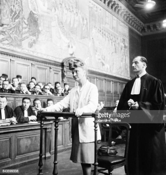 La soeur du Président du Conseil Georges Bidault témoigne à la barre lors du procès du SFAC service de police anticommuniste de Vichy circa 1940 à...