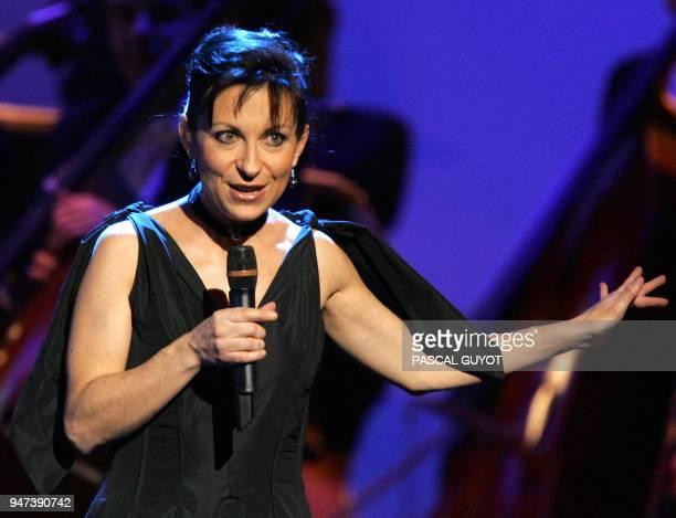 la soprano Natalie Dessay se produit le 26 janvier 2005 à Cannes lors des 12e Victoires de la musique classique dans le cadre du Marché international...