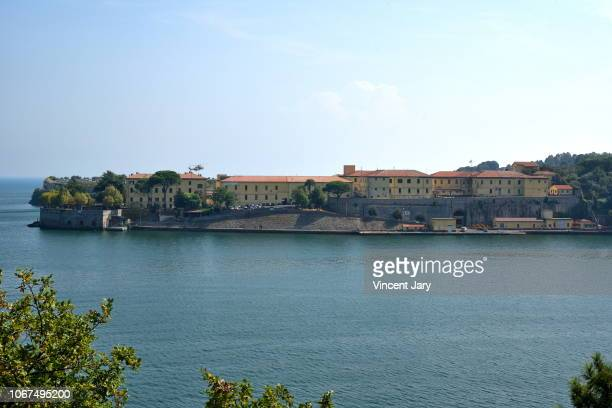 la spezia military barracks italy - italian military stock pictures, royalty-free photos & images