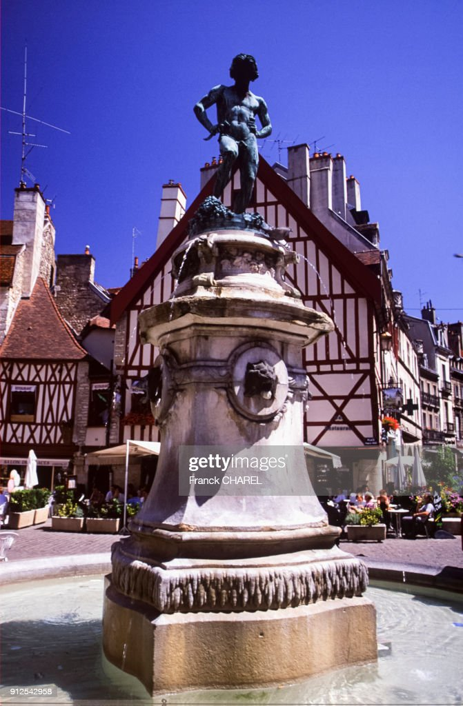 place francois rude a dijon pictures getty images