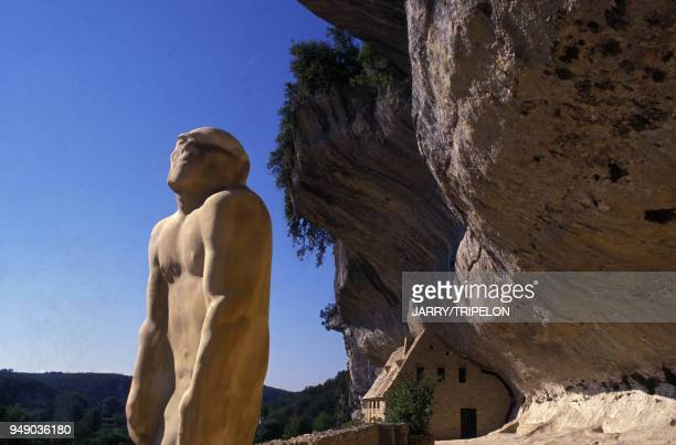 18 Homme Primitif Photos And Premium High Res Pictures Getty Images