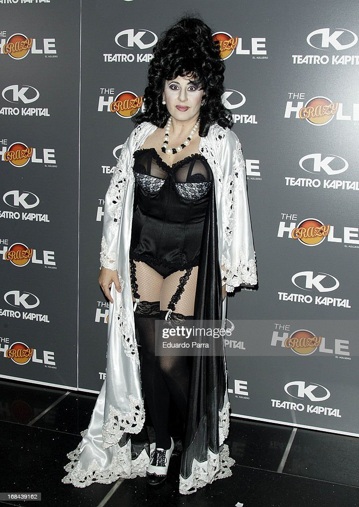 La terremoto de Alcorcon attends 'The crazy hole' premiere photocall at Kapital theatre on May 9, 2013 in Madrid, Spain.