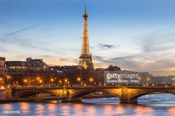 La tour Eiffel over the Seine at Dusk