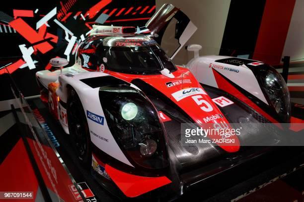 La Toyota TSO 50Hybrid Cockpit engagée sur le championnat du monde d'endurance FIA dans la catégorie LMP1 présentée sur le stand Toyota lors du...