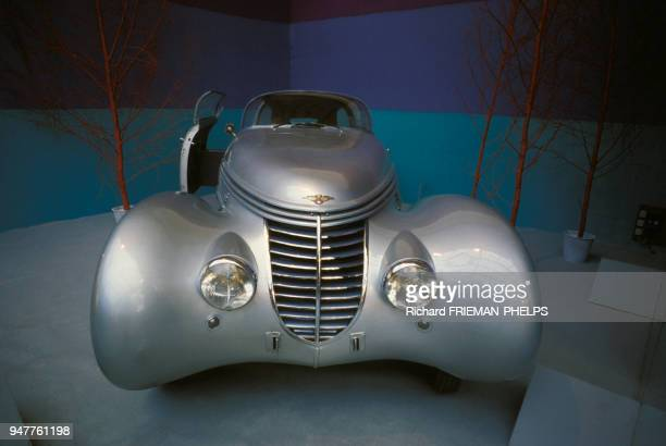 La voiture HispanoSuiza H6 C Xenia d'André Dubonnet lors d'une exposition