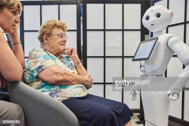 Lab at Inserm, which studies cognitive sciences and robot-human communication. The team works with two robots. With Pepper, research is oriented to...