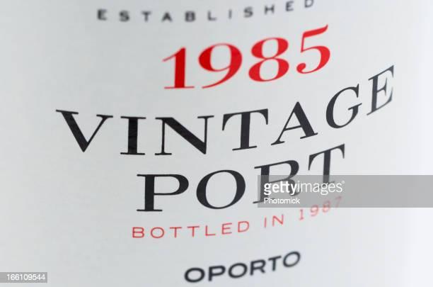 Label auf eine Flasche Retro-Portwein
