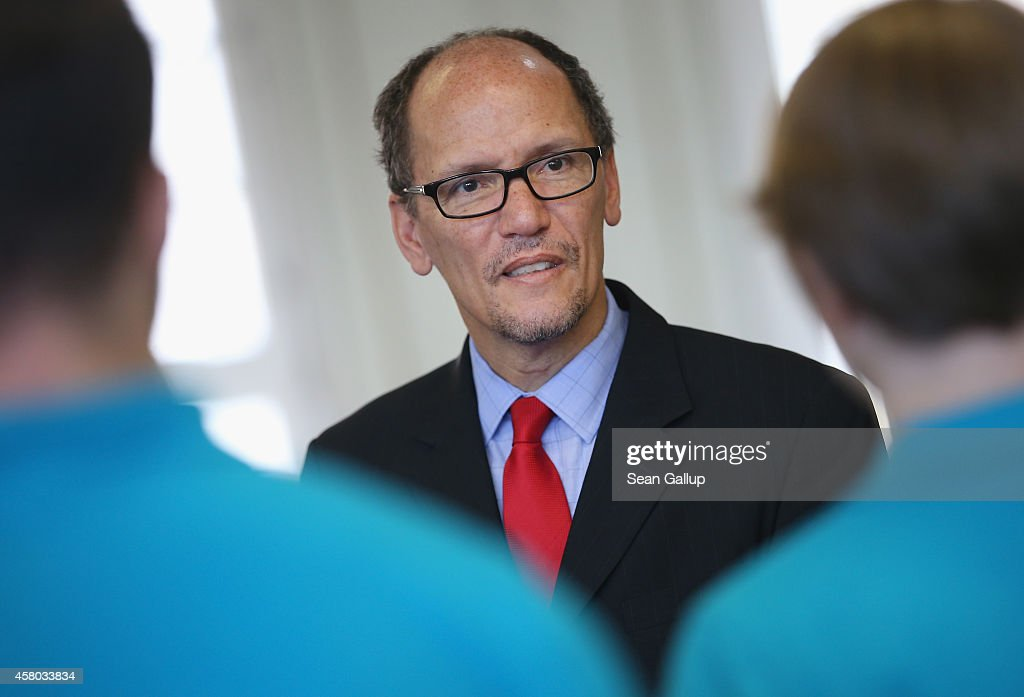 U.S. Labor Secretary Tom Perez Visits Siemens Training Center : News Photo