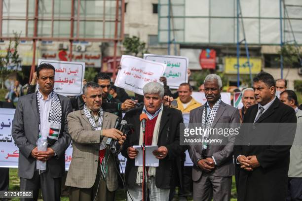 Labor Union Leader Arif Ebu Cerad gives a speech during a protest by public servants against the pay deductions and early retirement decision of the...