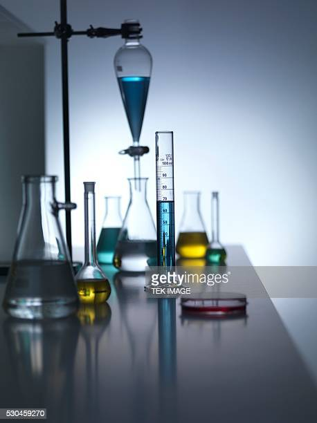 laboratory glassware - volume fluid capacity stock pictures, royalty-free photos & images
