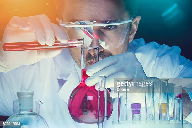 Chemistry Premium Pictures, Photos, & Images - Getty Images