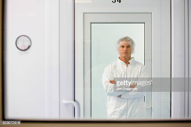 laboratory technician - white suit stock pictures, royalty-free photos & images