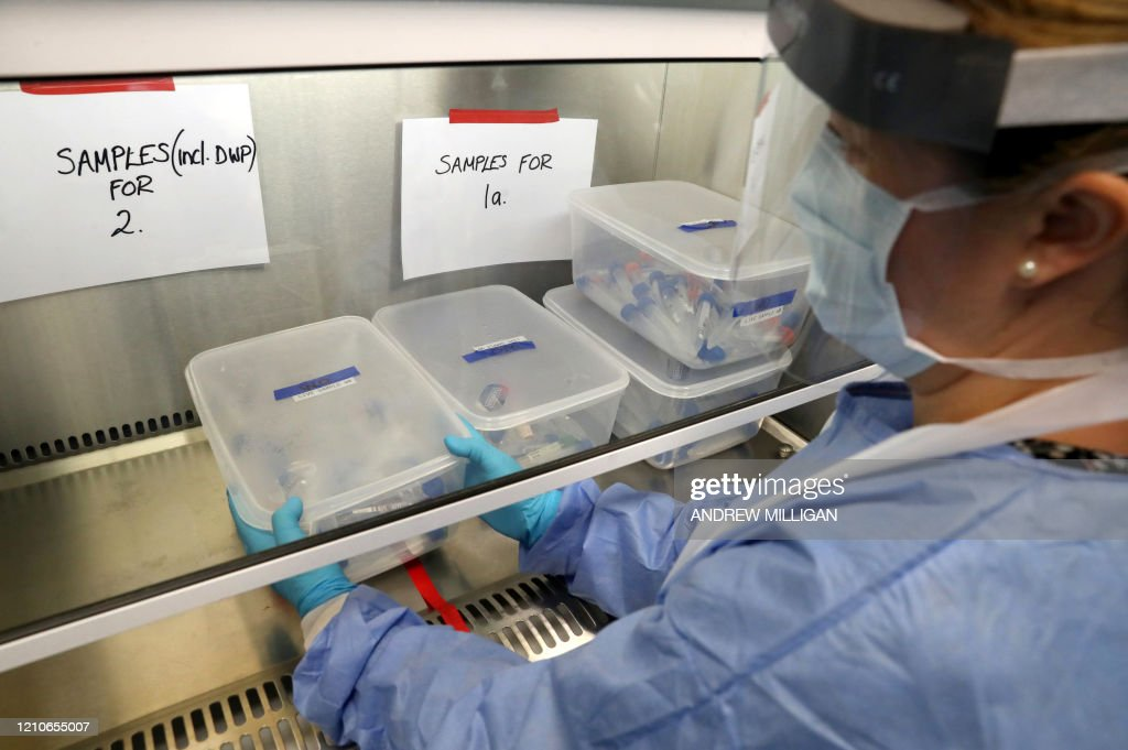 BRITAIN-HEALTH-VIRUS-TESTING : News Photo