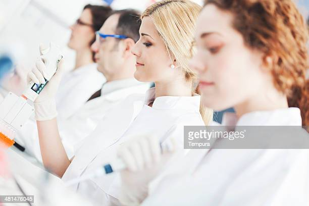 laboratory technicians doing reserah work. - physicist stock pictures, royalty-free photos & images