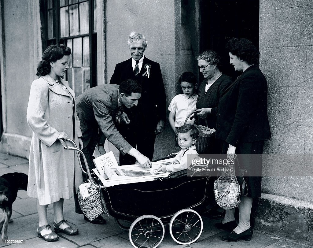 Labour candidates canvassing for votes, Cardiff, Wales, 16 June 1945. : News Photo
