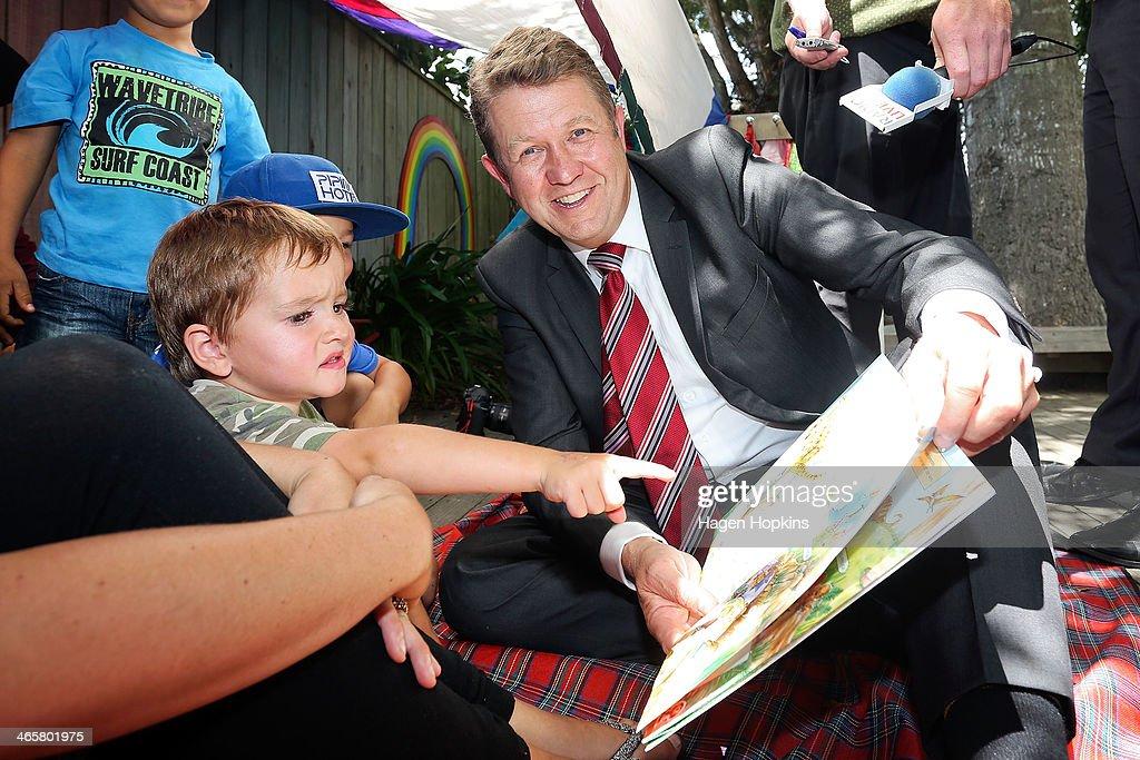Labour Leader David Cunliffe Visits Kindergarten in Upper Hutt