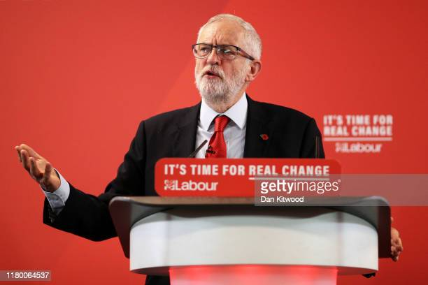 Labour leader, Jeremy Corbyn delivers a Brexit speech to the audience at the Harlow Hotel on November 5, 2019 in Harlow, England.
