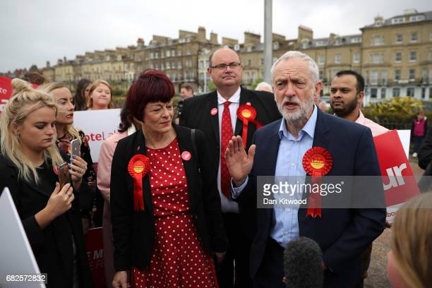 Labour Leader Jeremy Corbyn meets Sonia Barker Labour's candidate for Waveney on May 2017 in Lowestoft England Jeremy Corbyn took his campaign bus to...