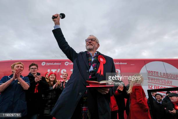 Labour leader Jeremy Corbyn speaks to supporters during a stump speech at the Sporting Lodge Inn on December 11 2019 in Middlesbrough England The...