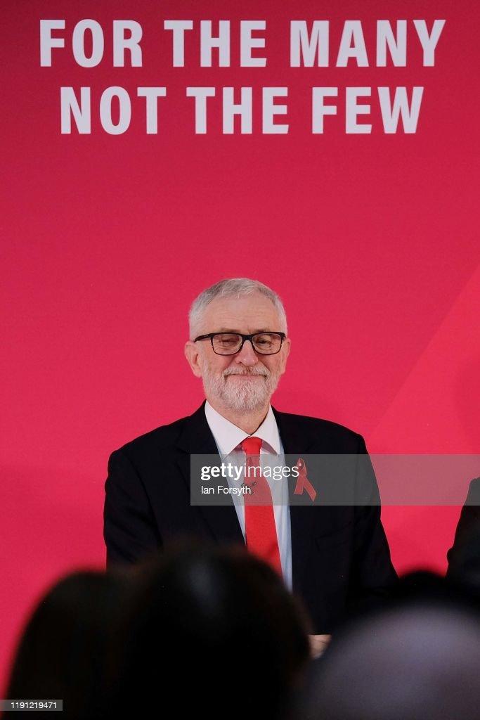 Corbyn Announces Foreign Policy In York : Foto jornalística
