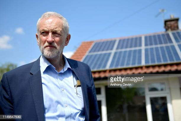 Labour Party leader Jeremy Corbyn views houses with solar panels on Mereside Grove in Worsley on May 16 2019 in Salford England Labour Party leader...