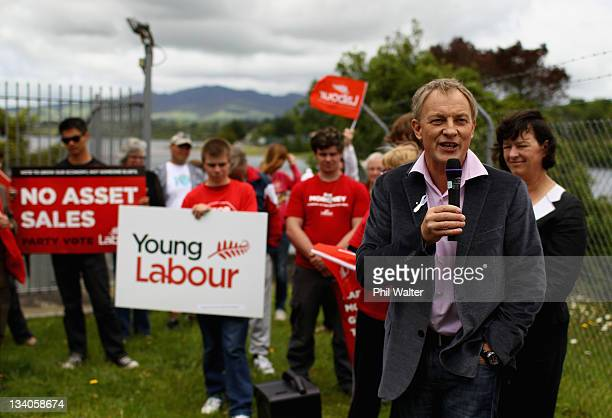 Labour Party Leader Phil Goff campaigns at the Karapiro Hydro Dam on November 25, 2011 in Karapiro, New Zealand. New Zealanders will head to the...