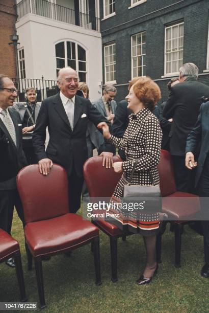 Labour politicians Frederick Elwyn Jones Baron ElwynJones and Barbara Castle in the garden of 10 Downing Street in London 4th April 1974 They are the...
