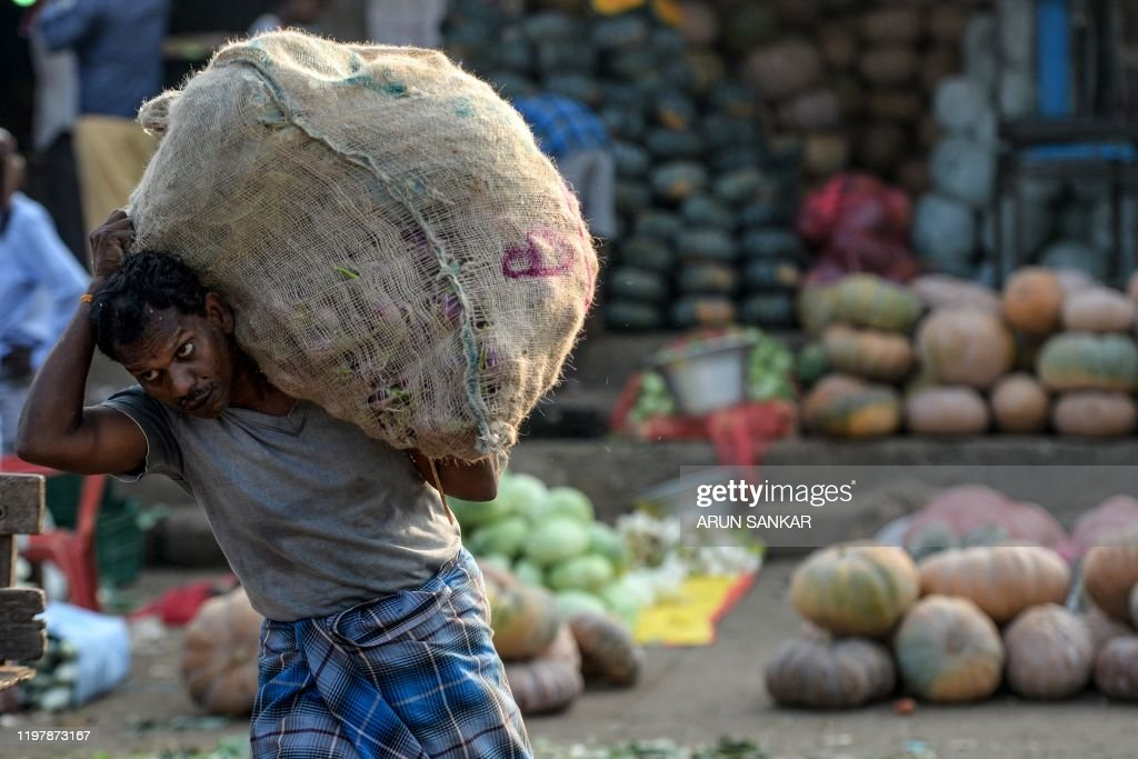 INDIA-ECONOMY-BUDGET-AGRICULTURE : News Photo